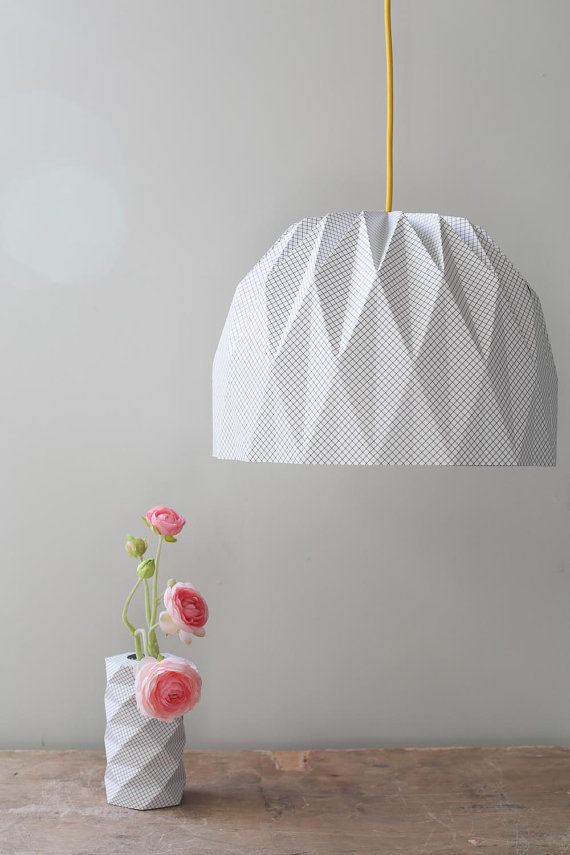 large origami lamp by tweelingen home decor belivindesign. Black Bedroom Furniture Sets. Home Design Ideas