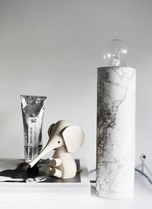 simple-diy-table-marble-lamp