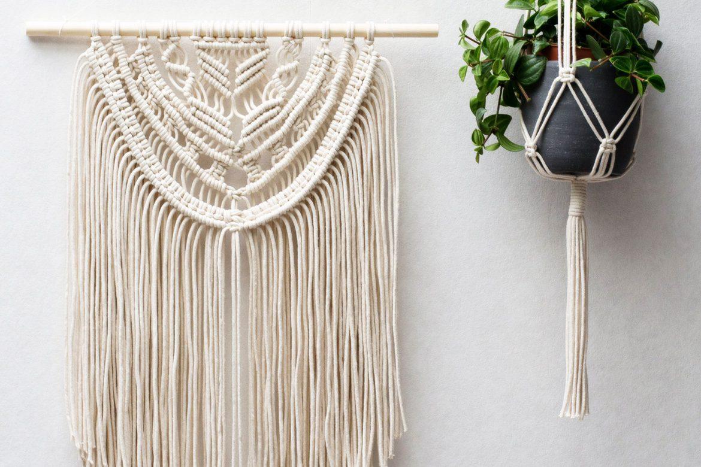 macrame wall hangings plant hangers buy or diy belivindesign. Black Bedroom Furniture Sets. Home Design Ideas