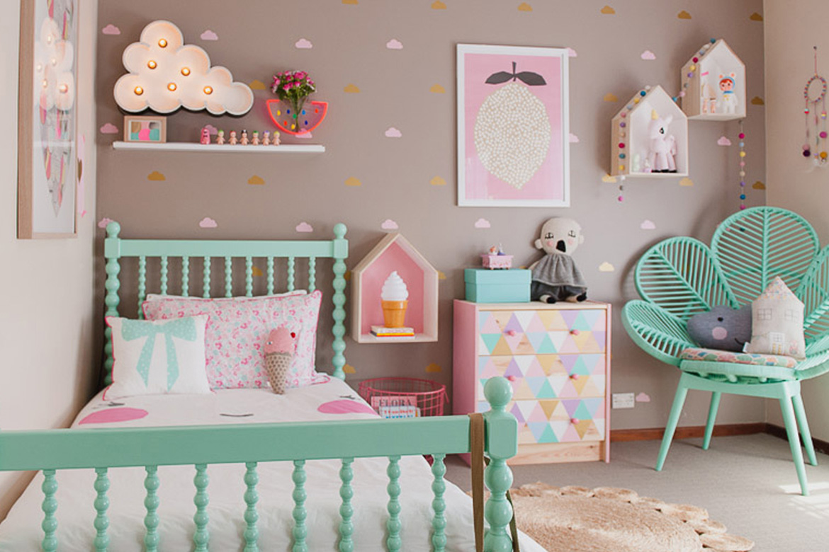 48 kids room ideas that would make you wish you were a for Room decor for kids