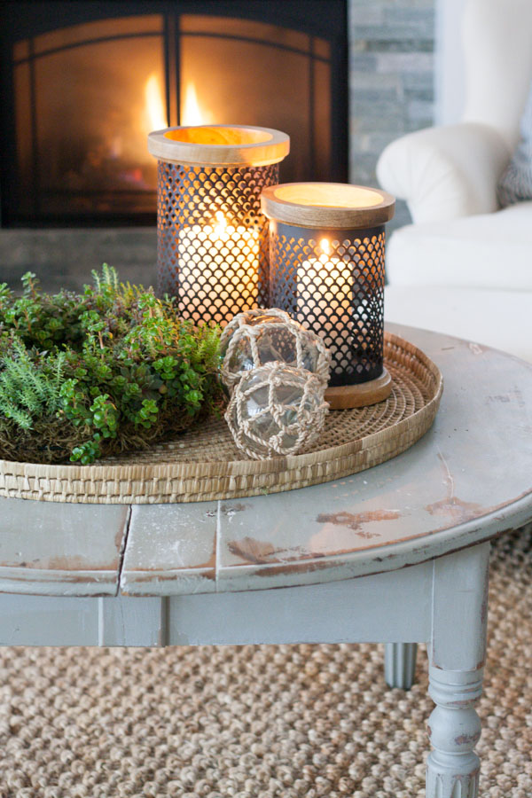 Romantic & Cozy Coffee Table Decor Ideas